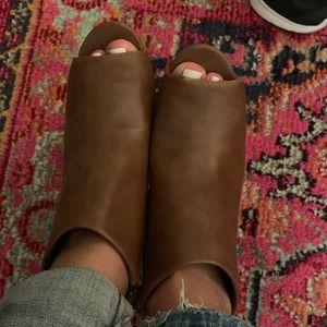 Nine West Peep Toe Heeled Boots 6M Cognac